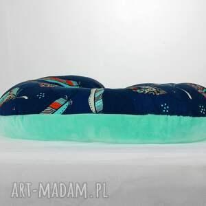 podróż akcesoria niebieskie poduszka podróżna pióra mięta