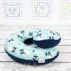 poduszka niebieskie podróżna