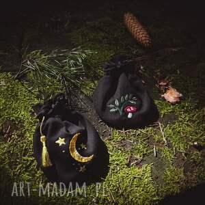 czarne woreczek sakiewka muchomorek
