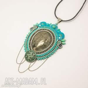 hand-made biżuteria retro wisior naszyjnik sutasz w stylu