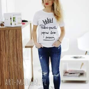 bluzki: Biała koszulka z nadrukiem motywacyjnym padłaś powstań