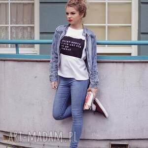 atrakcyjne bluzki koszulka biała t shirt bluzka