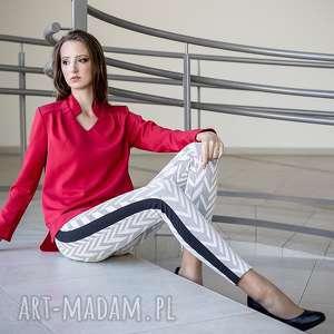 Anna Bartula bluzki czerwona bluzka reno