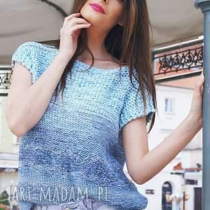 trendy bluzki cieniowana - niebieska