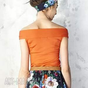 Kasia Miciak design bluzki: Pomarańczowa bluzka z odsłoniętymi ramionami