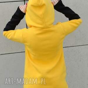 duże rozmiary bluzy asymetryczna, na żółto z czarnymi akcentami