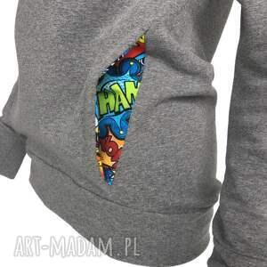 bluzy komino-kaptur bluza szary melanż z komiksem