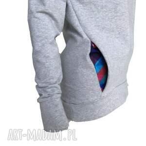 awu bluzy: Bluza z dzianiny jasny szary melanż i kolorowa mozaika - komino kaptur z-kominem