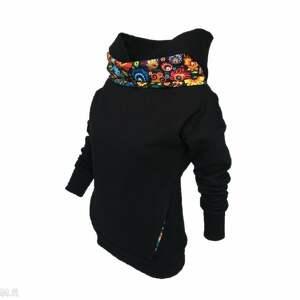 bluzy wzór łowicki czarna folkowa bluza z kominem