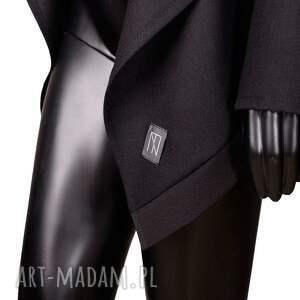 bluzy dłuższe czarna narzutka z wełny