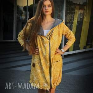 bluzy: Długa bluza oversize z motywem liści na żółtym tle, ogromny kaptur, na suwak dresowa