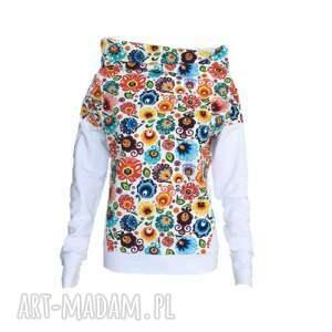 bluzy motyw folkowy oto damska folkowa bluzeczka z długim rękawem