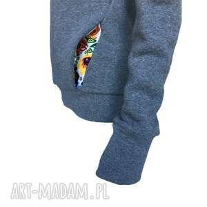 wyjątkowe bluzy dresowa-bluza folkowa bluza z kominem i kapturem