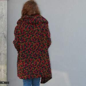 wełniany płaszcz bluza