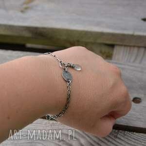 Grey Line project Akwamaryn. Delikatna srebrna bransoletka - ręcznie wykonane srebro