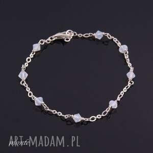 gustowne bransoletki biała bardzo delikatne white opal