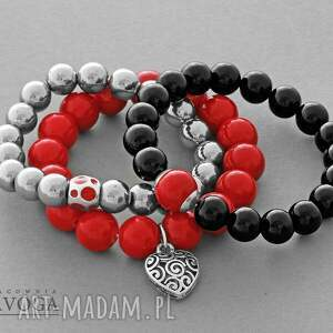 ręcznie robione bransoletki black jade with red point