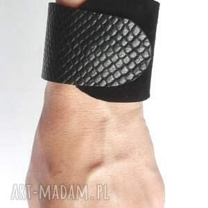 skóra bransoleta skórzana czarna wrapped