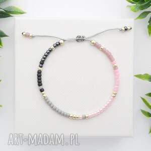 różowe bransoletki bransoletka koralikowa minimal