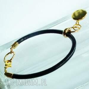 upominek świąteczny czarne bransoletka na prezent- ze złotą