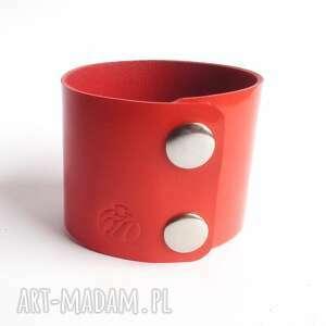 frapujące lakierowana bransoletka skórzana czerwona