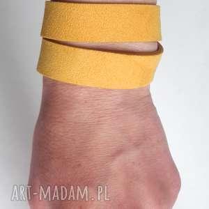 wyjątkowe marigold bransoletka skórzana żółta zamszowa