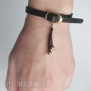 czarne klamerka bransoletka skórzana mini czarna