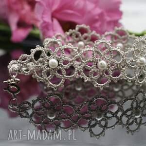 białe bransoletka romantyczna wykonana ręcznie z nici