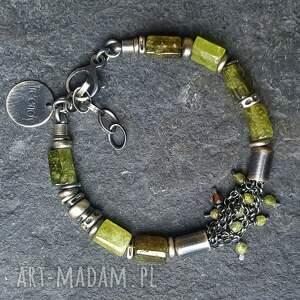 biżuteria na prezent bransoletka srebrna z zielonym