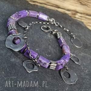 fioletowe bransoletka wykonana ze srebra próby 925