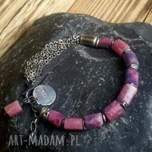 handmade metaloplastyka bransoletka srebrna z rubinami