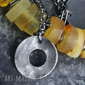 efektowne bransoletki metaloplastyka bransoletka srebrna z bursztynami