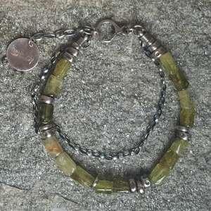 niepowtarzalne bransoletki bransoletka-srebrna bransoletka srebrna z zielonym