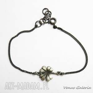 VENUS GALERIA Bransoletka srebrna z koniczynką - talizman srebro