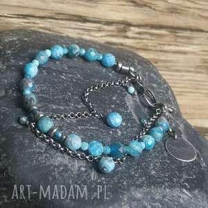 niebieskie bransoletka wykonana ze srebra próby 925 oraz