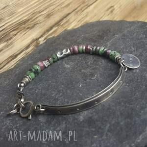atrakcyjne biżuteria na prezent bransoletka srebrna z zoisytami