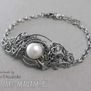 ręcznie zrobione bransoletki bransoletka z białą perłą, wire