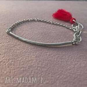 czerwone bransoletka srebrna z chwostem