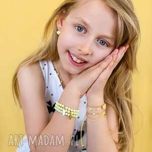 biżuteria dziecięca bransoletka z pieskiem i perełkami