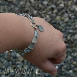 srebro bransoletki niebieskie bryłki i oponki. bransoletka