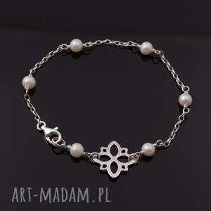 naturalne-perły bransoletki delikatna bransoletka z białych