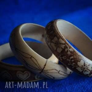 brązowe bransoletki drewno kwietna bransoletka - ręczne