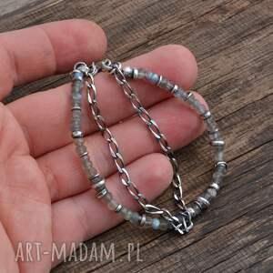 szare srebro bransoletka wykonana została ze srebra próby