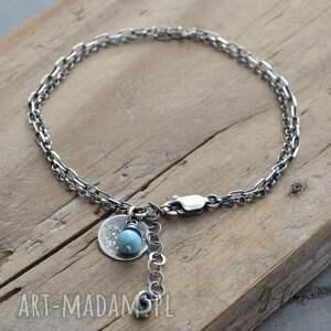 intrygujące bransoletka została wykonana ze srebra próby