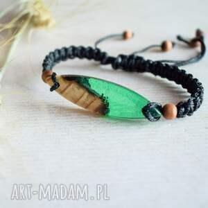 Mitali - bransoletka z drewnem i zieloną żywicą - Hand Made dla niego