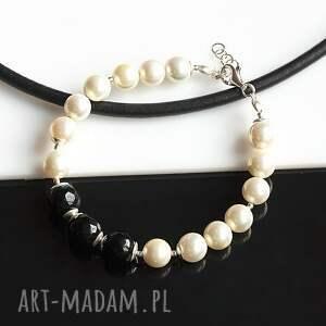 bransoletki perły seashell z onyksem