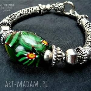 wyraziste bransoletki tybetańskie szkło murano w pięknej