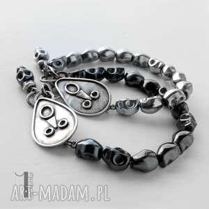 bransoletki czaska siyah i srebrna bransoletka