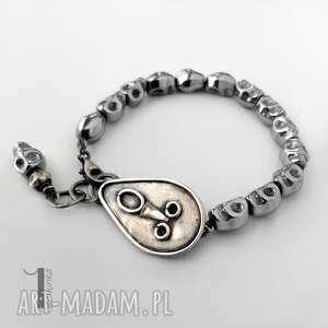 niesztampowe bransoletki srebro siyah i srebrna bransoletka