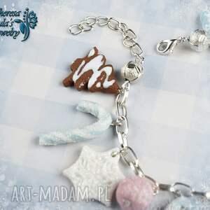 pomysł na prezenty świętaświąteczna bransoletka cukierki śnieżynki gingerbread